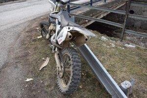 Vodič tejto motorky nafúkal vyše dve promile.