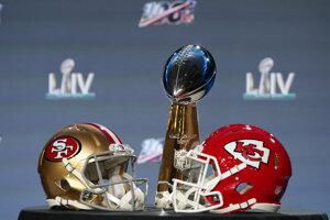 Pred zápasom San Francisco - Kansas (Super Bowl LIV).