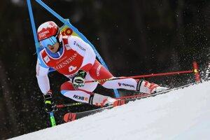 Loic Meillard počas obrovského slalomu v Garmisch-Partenkirchene.
