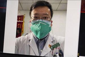 Li Wen-liang zomrel na koronavírus.