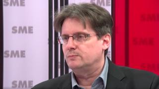 Vetrák z OĽaNO: Chceme, aby sa zmeny Ústavy schválili v referende