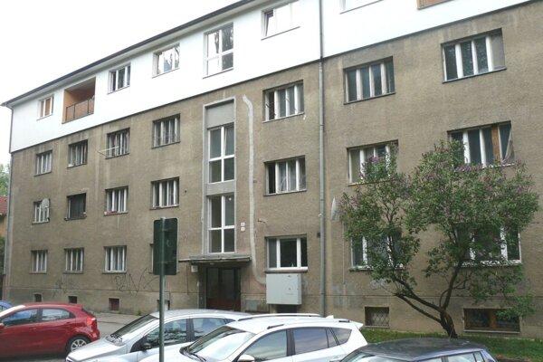 Ubytovňu prestavili na nájomné byty.