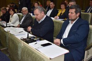 Peter Pipák (vpravo) je novým hlavným kontrolórom.