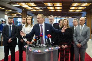 Boris Kollár (v strede).