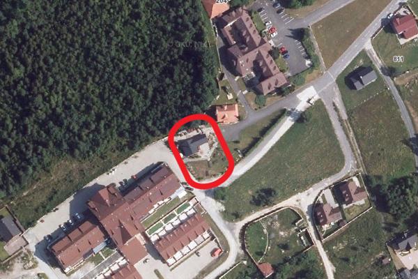 Šuligov pozemok kúpila jeho rodina. Leží pri hoteli, v ktorom v podobnom čase, pred Vianocami 2019, vzniklo zvláštne video.