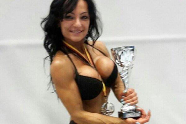 Fitneska Marie Bariová.