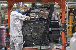 Fabrika FAW-Volkswagen v meste Tchien-ťin.