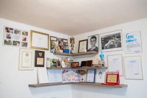 Časť kuchyne v rodinnom dome Kuciakovcov v Štiavniku pri Bytči je premenená na múzeum ich syna Jána a nádejnej nevesty Martiny Kušnírovej.