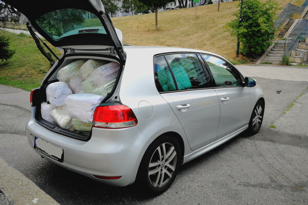 Prádlo odvážajú osobným autom