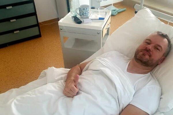 Premiér Peter Pellegrini skončil v nemocnici.