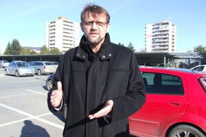 Peter Benczy.