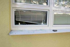 Páchateľ spôsobil odhadovanú škodu 150 eur.