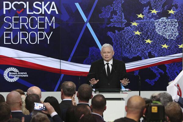 Líder poľskej vládnej pravicovej strany Právo a spravodlivosť (PiS) Jaroslaw Kaczyňski.