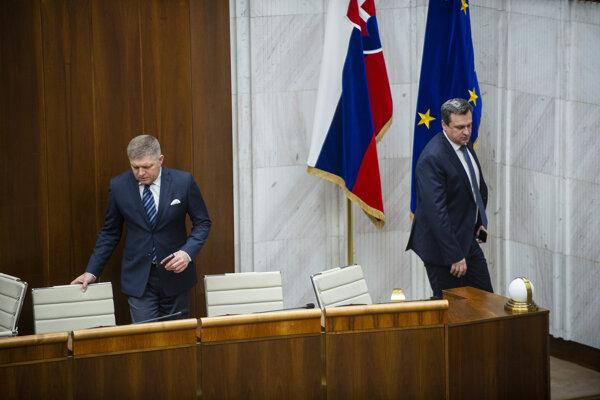 Poslanec NR SR Robert Fico (Smer) a predseda NR SR Andrej Danko (SNS).