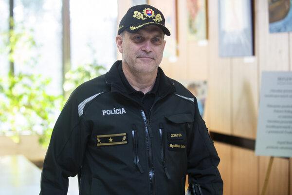 : Na snímke prezident Policajného zboru Milan Lučanský prichádza na rokovanie Bezpečnostnej rady.