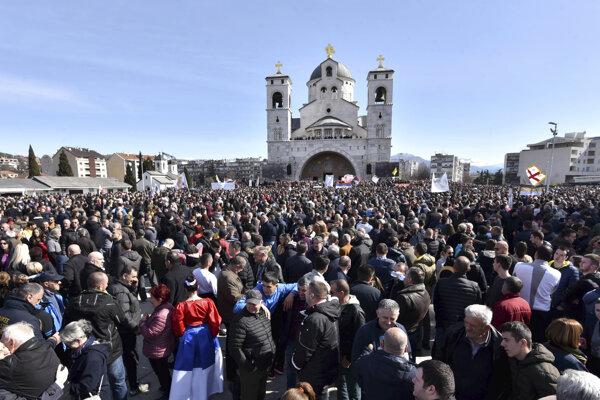 Cirkev od začiatku roka 2020 pravidelne organizuje protesty.