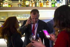 Voľby 2020: Líder hnutia Sme rodina Boris Kollár vo volebnej centrále strany.