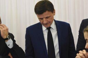 Voľby 2020: Líder KDH Alojz Hlina čaká na oficiálne výsledky volieb.