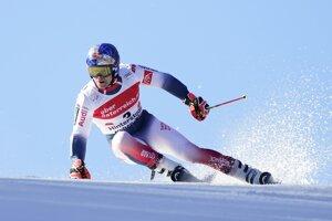 Francúzsky lyžiar Alexis Pinturault na trati v 1. kole obrovského slalomu Svetového pohára v rakúskom Hinterstoderi.
