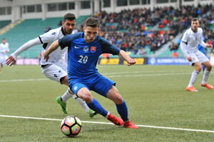 Nikolas Špalek v drese slovenskej futbalovej reprezentácie do 21 rokov.
