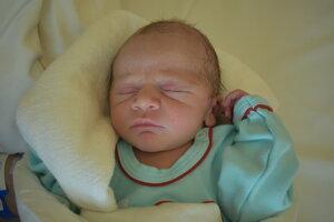 Jakub Pevala (3580 g, 52 cm) sa narodil 25. februára Barbore a Petrovi z Nového Mesta nad Váhom.