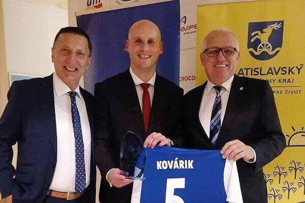 Štefan Kovárik bol ocenený v najlepšej jedenástke