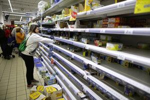Nákupy v supermarkete v španielskom Madride.