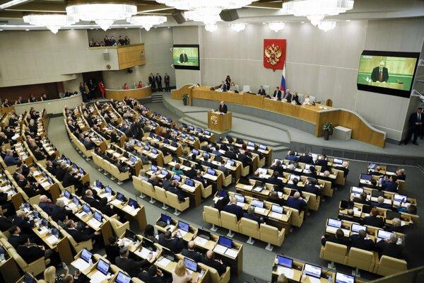 Prezident sa prihovoril poslancom v deň rozhodujúceho druhého čítania navrhovaných ústavných zmien.