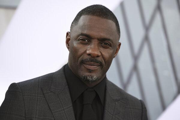 Britský herec Idris Elba.