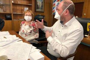Primátor informoval o chorej žene na sociálnej sieti.