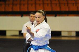 Dorota Balciarová pri súbornom cvičení.