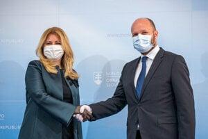 Prezidentka SR Zuzana Čaputová a minister obrany Jaroslav Naď.