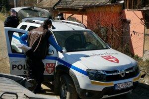 MOPS i mestskí policajti dozerajú na karanténu v Háji.
