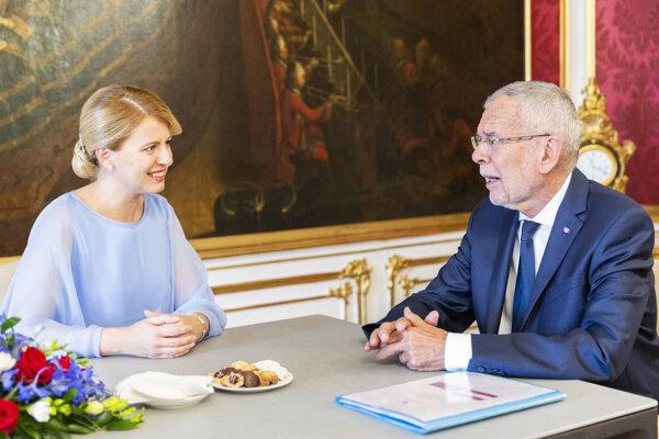 Prezidentka Zuzana Čaputová pri stretnutí s rakúskou hlavou štátu Alexandrom van der Bellenom v auguste 2019 vo Viedni.