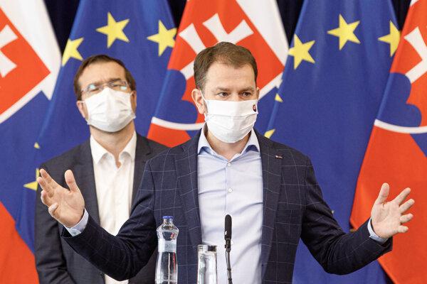 Premiér Igor Matovič chce vypnúť Slovensko najmenej na tri týždne.