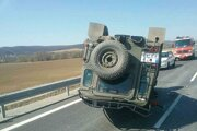 Havarovaný Land Rover.