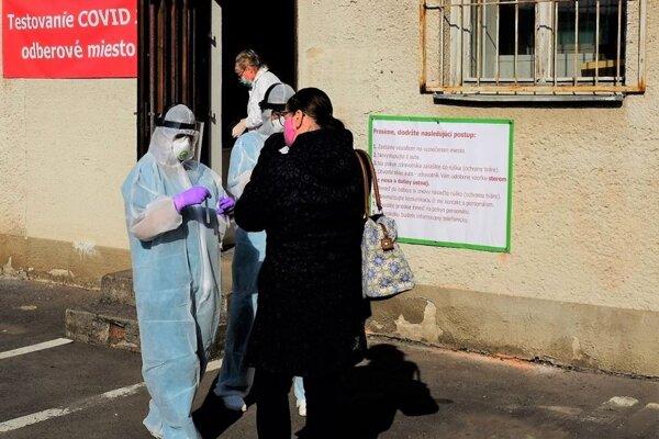 Nemocnica počas pondelka (6.4.) otestovala 12 pacientov.