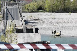Zrútený most v Toskánsku bol dôežitým prepojením s Ligúriou.