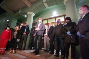 Krízový štáb po rokovaní v Krompachoch.