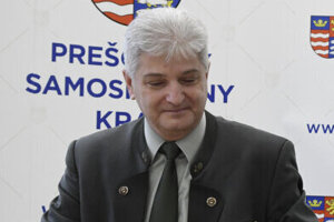 Peter Šiška vo funkcii skončil.