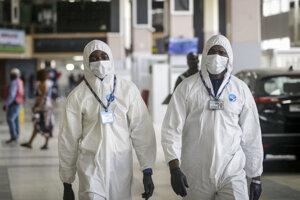 Zdravotníci v Nigérii.