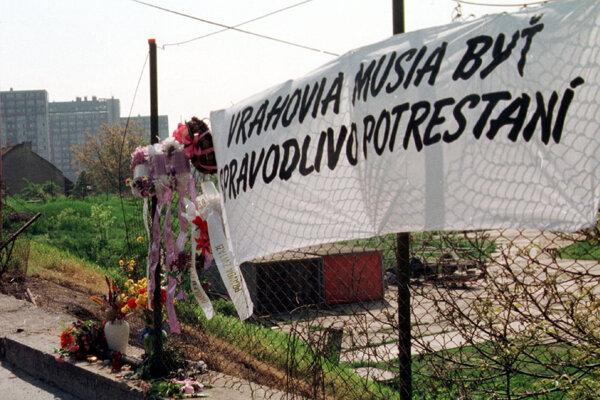 Archívna fotka zo 7. mája 1996 zachytáva miesto, kde 29. apríla 1996 vybuchlo auto Remiáša.