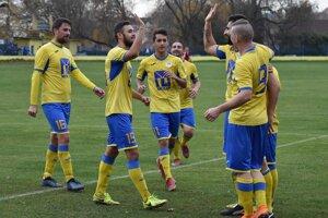 Sobranskí futbalisti budú po rokoch opäť účinkovať v najvyššej regionálnej súťaži.