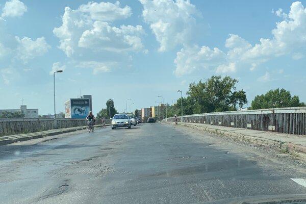 Most cez Váh v Komárne.