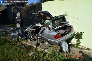 Tragická nehoda pri Trenčianskych Miticiach
