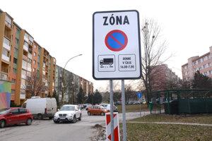 Tabule označujú parkovacie zóny, takéto osadili na Terase, budú aj na Furči.
