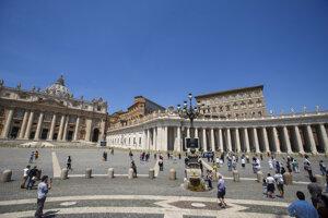 Vatikán.