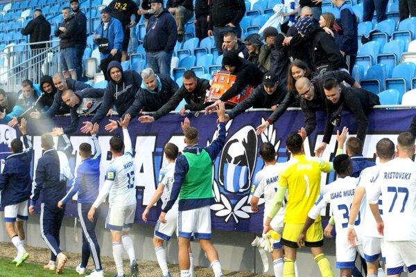 Futbalisti Nitry sa potešili s vyše štyridsiatimi fanúšikmi.