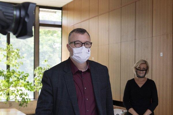 Minister práce, sociálnych vecí a rodiny Milan Krajniak (Sme rodina).