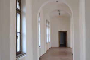 Priestory zrekonštruovanej radnice v Lučenci.